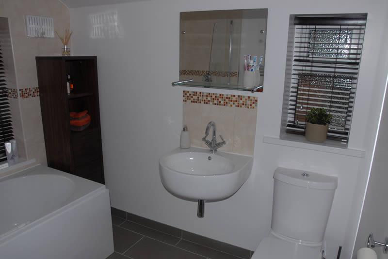 Designer Bathroom Installation In Birmingham Rw Plumbing Uk